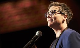 Article: Hannah Gadsby's Netflix Comedy Special Is a Must-Watch for Every Global Citizen