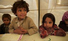 Article: La COVID-19 et le conflit au Yémen poussent des millions d'enfants vers la famine