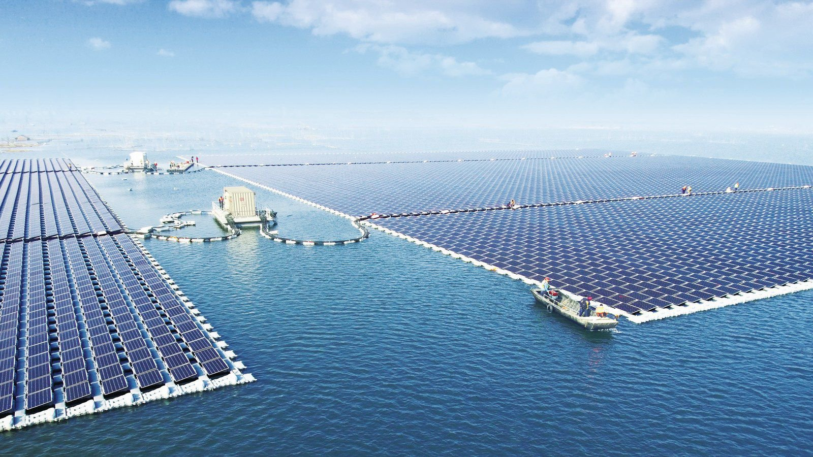 largest-floating-solar-energy-farm.jpg