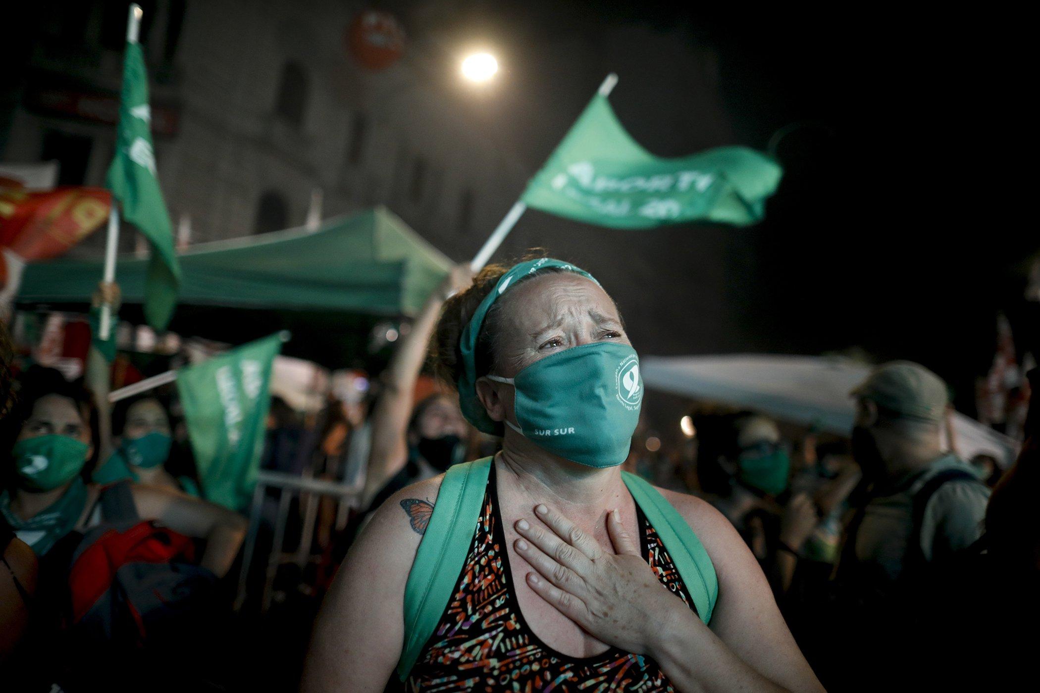 Argentina-Abortion-Legalization-Womens-Health-Care.jpg