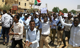 Artikel: Sudan Closes Schools Indefinitely After Students Killed During Protests