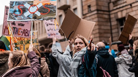This Entire UK City Is Set to 'Walk Out' and Join Friday's Global Climate Crisis Strike