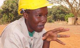 Artikel: Frau in Mali wird zur ersten Brunnenbauerin