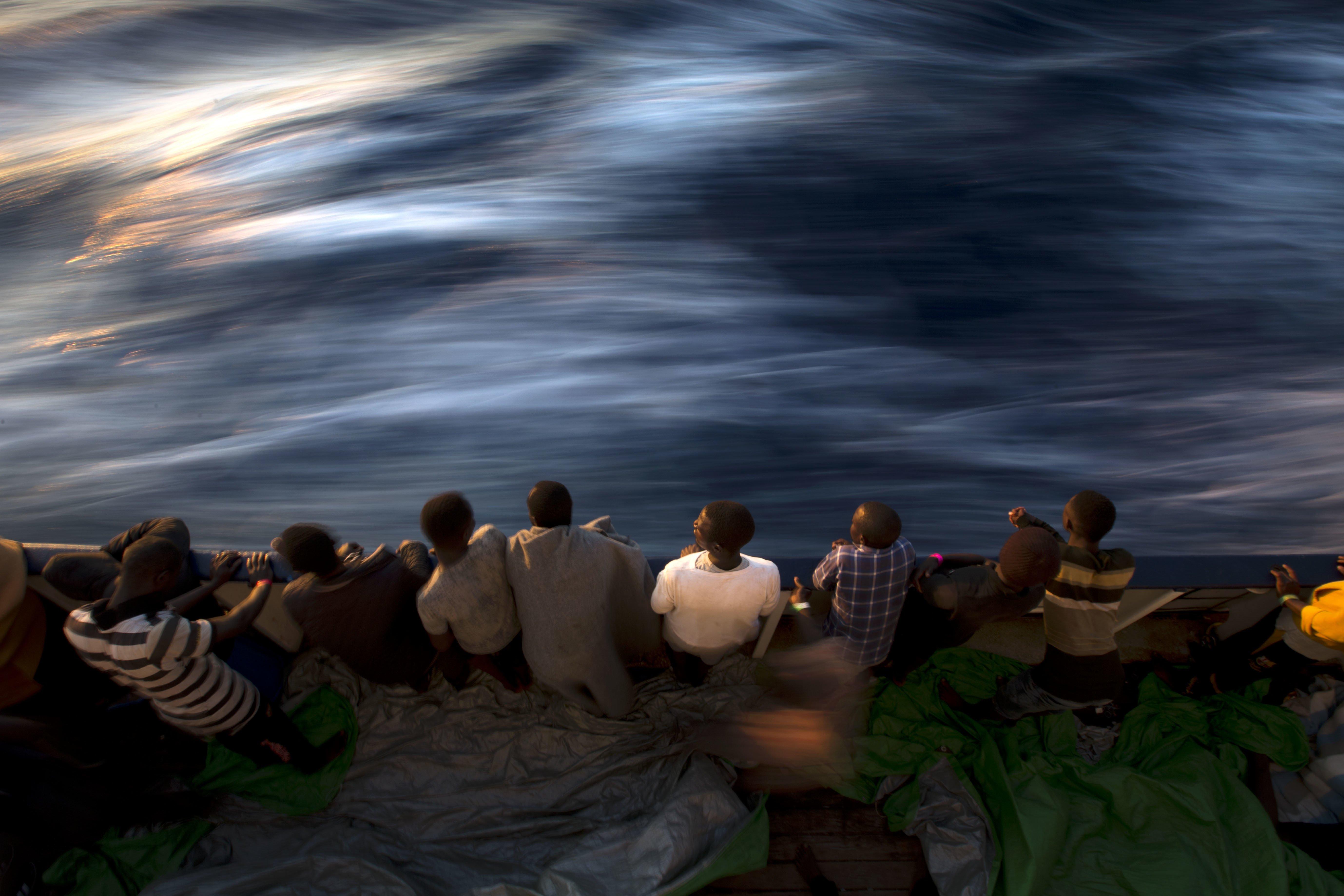 france-macron-refugees-libya-boat.jpg