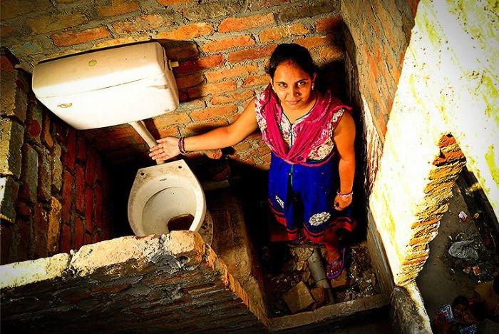 toilet in india.jpg