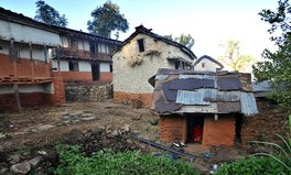 Artikel: A Nepalese Mother and Her 2 Children Suffocated in a 'Menstrual Hut'