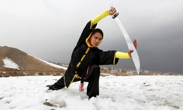 Artikel: These Teen Girls in Afghanistan Are Kicking Ass — Literally