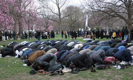 Article: Quebec Zoo Defends Decision to Let Muslims Pray as People Call for Boycott