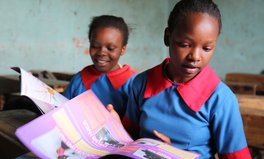 Artikel: A New Magazine for Girls in Africa Teaches Everything from Menstrual Health to Women's Rights