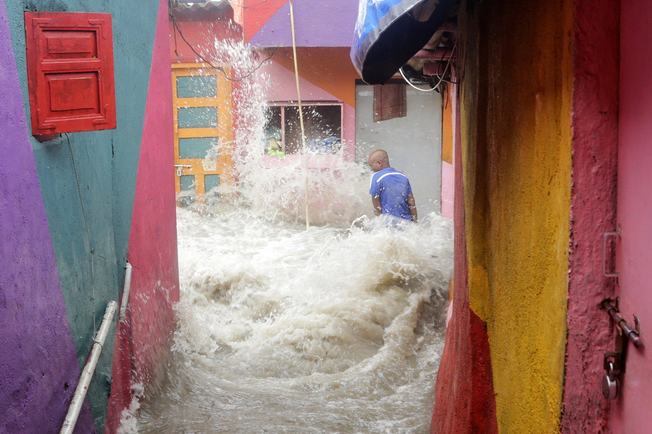 Environmental-Photos-July-India-Flooding.jpg