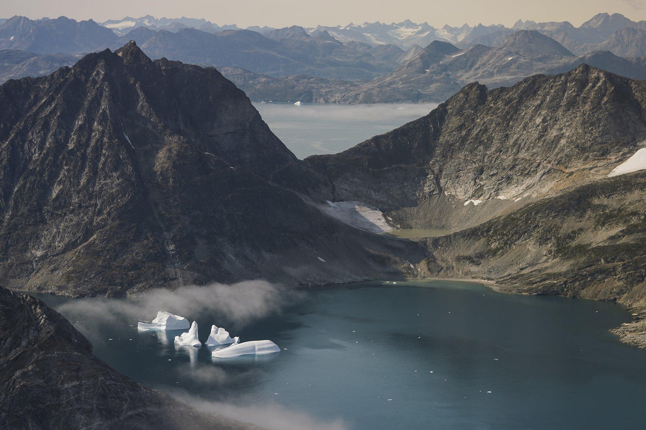 Greenland-Icebergs-Melting-Climate-Change.jpg