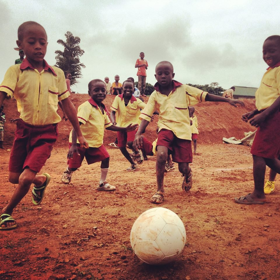 Nigerian kids playing with Soccket ball
