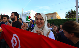 Artículo: Tunisia Just Passed a Law to Protect Women Against Violence