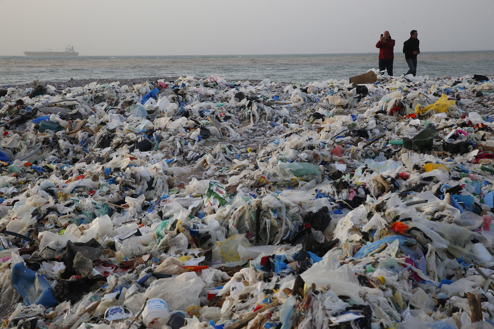 Lebanon-Waste-Trash-Beach-1.jpg