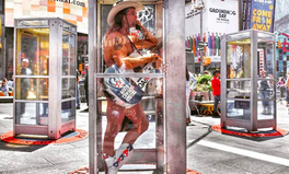 Article: Phone Booths on Display in NYC Tell 70 Immigrant Stories