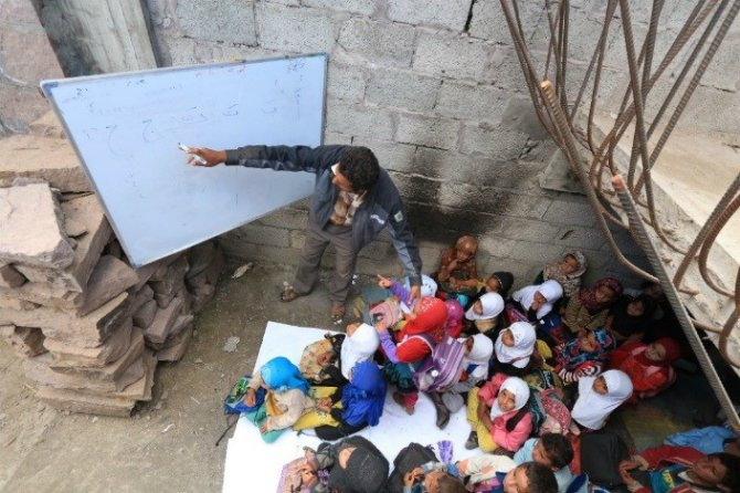 education-is-life-for-yemeni-children- Body 1.jpg