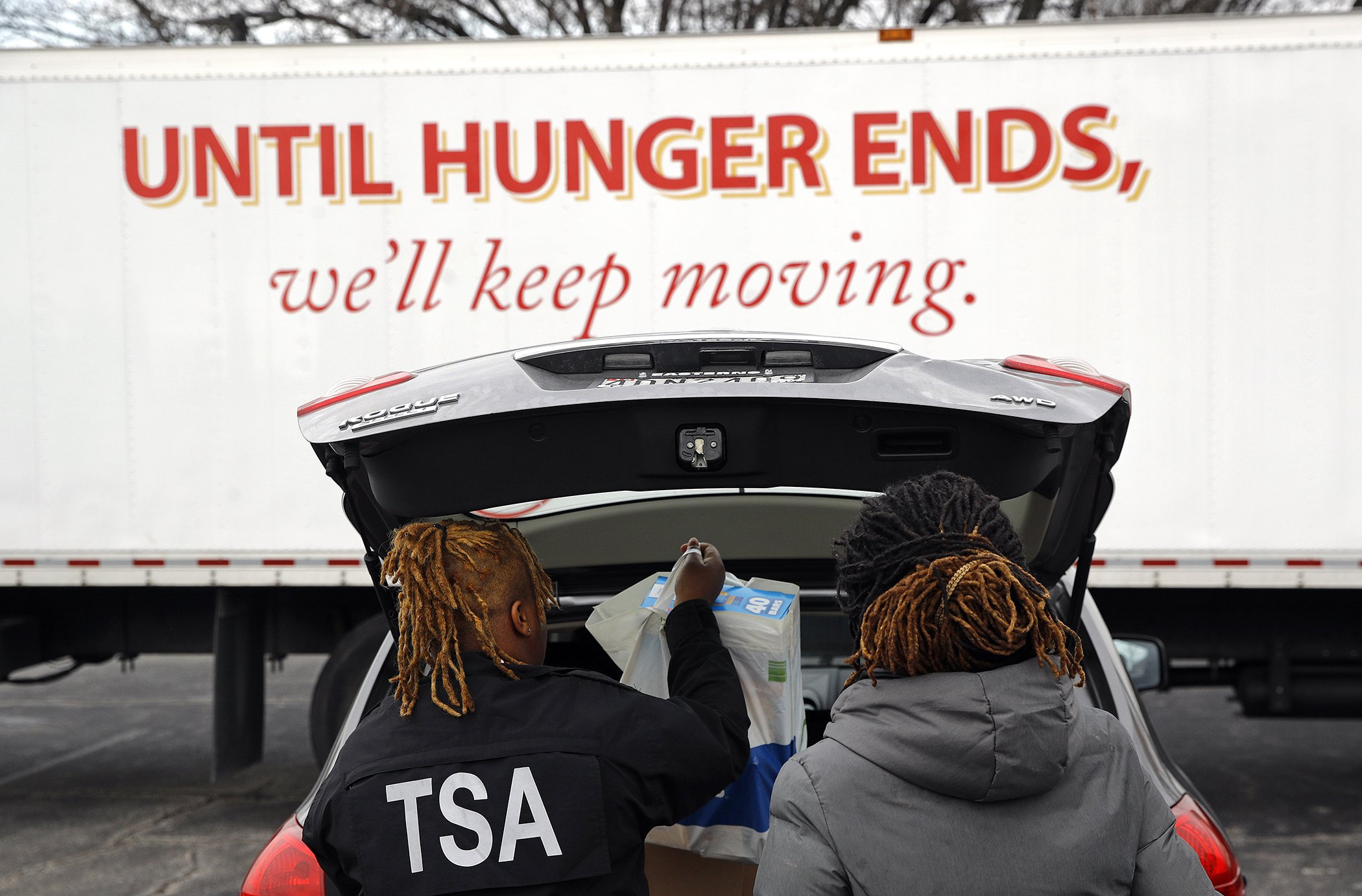 US-Government-Shutdown-Hunger-Federal-Employees.jpg
