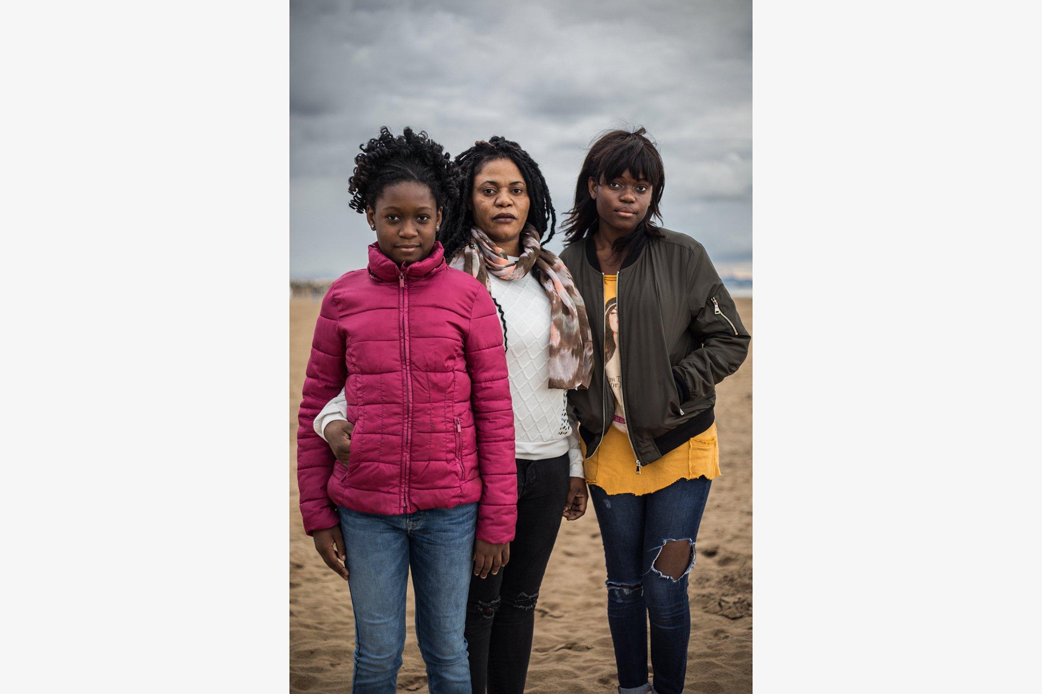 Vivian-Refugees-Stories-007.jpg