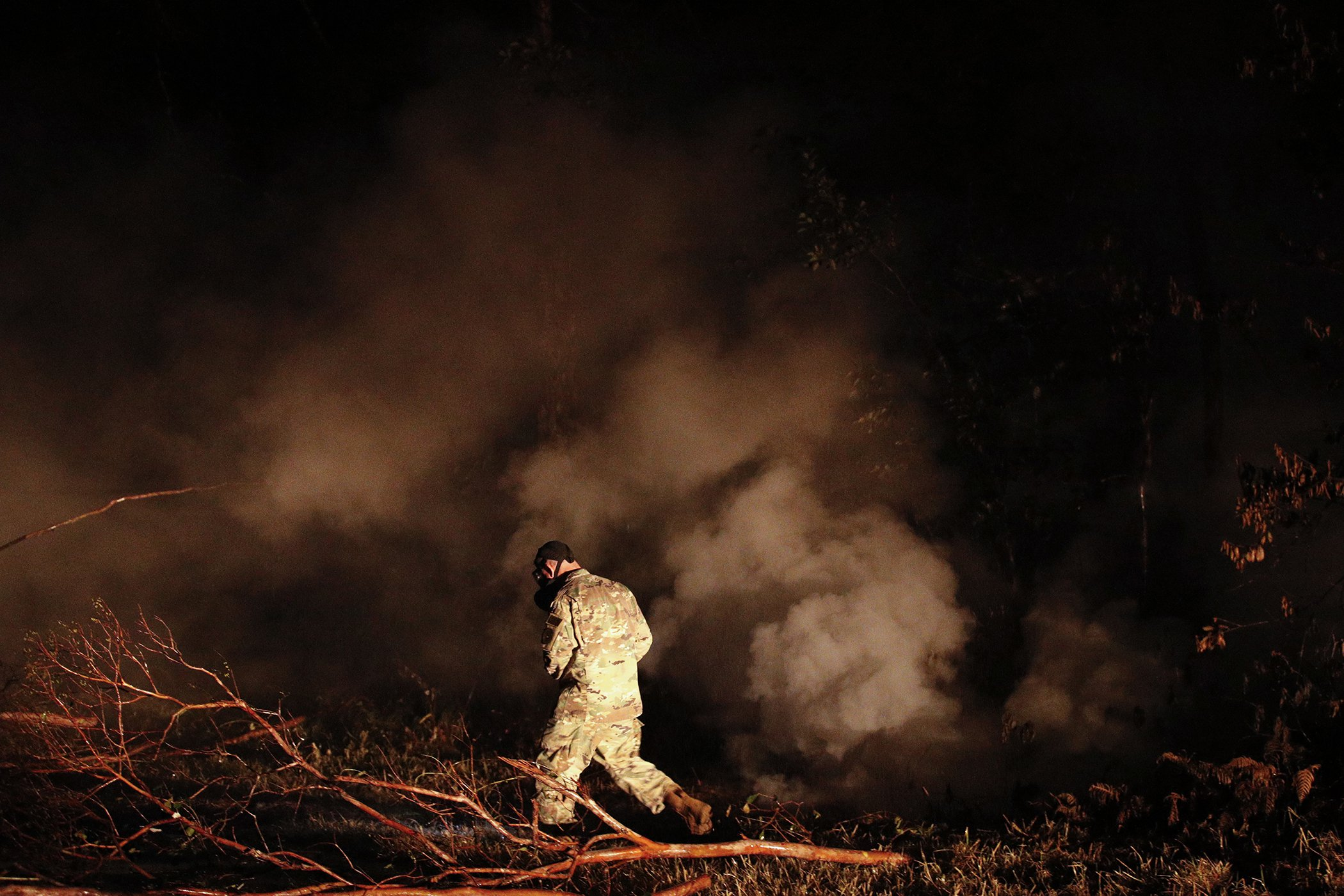Environmental-Photos-Hawaii-Volcano-Toxic-Fumes.jpg