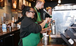 Artikel: 8 Powerful Reactions to Starbucks' Decision to Close Its Stores for Racial Bias Training