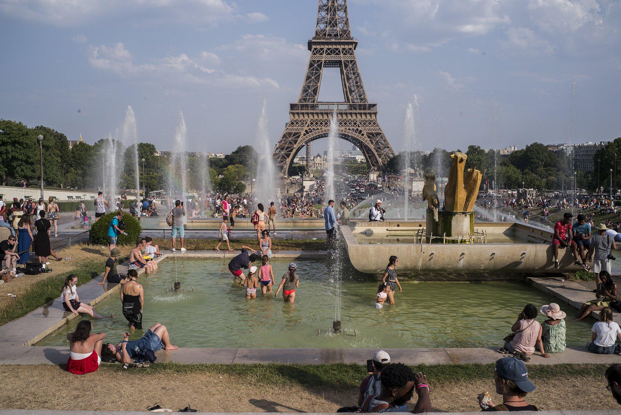 Record-Temperatures-Paris-Heat-Wave-July-2019.jpg