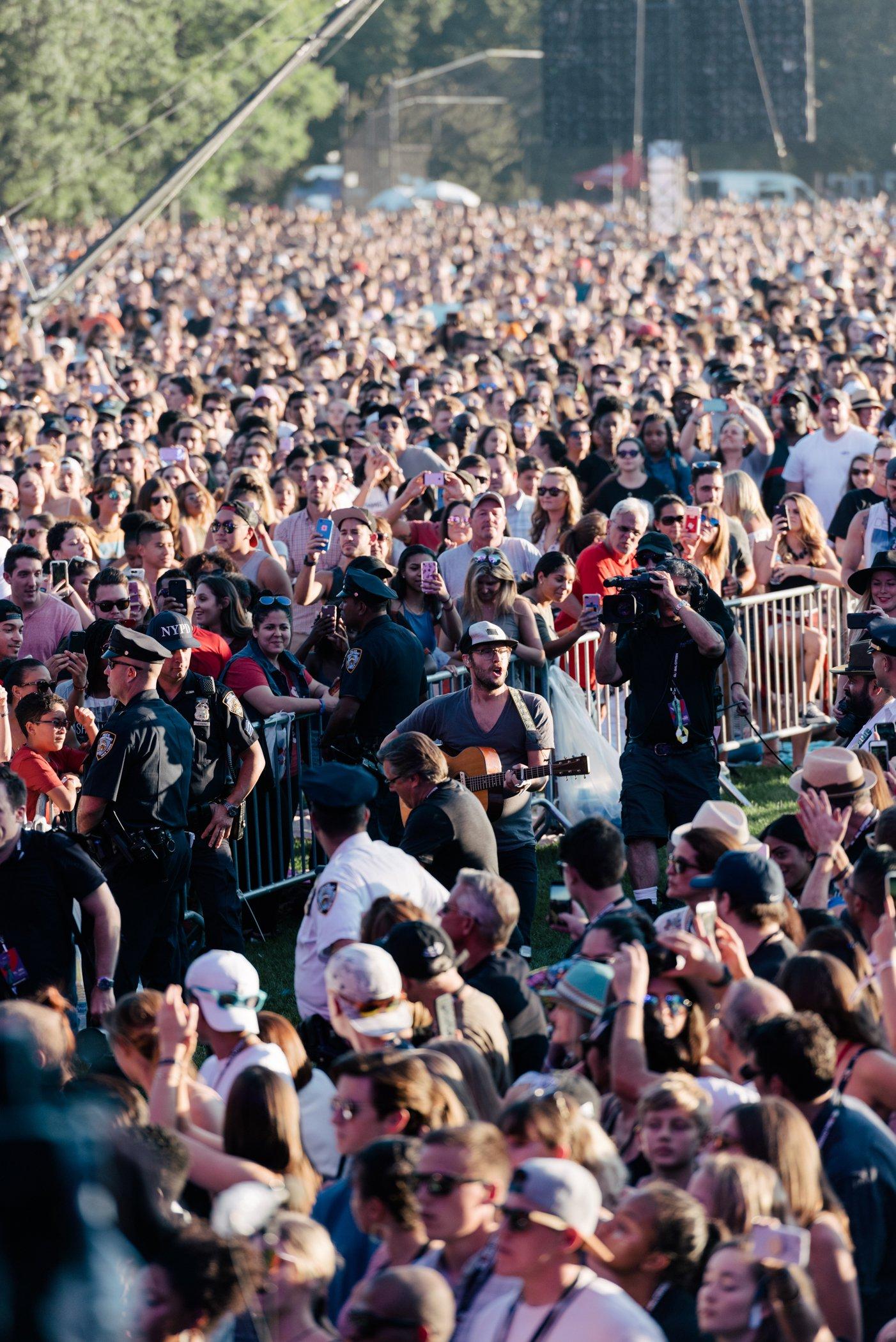 GCF17_Crowd_DanielDorsaForGlobalCitizen221.jpg