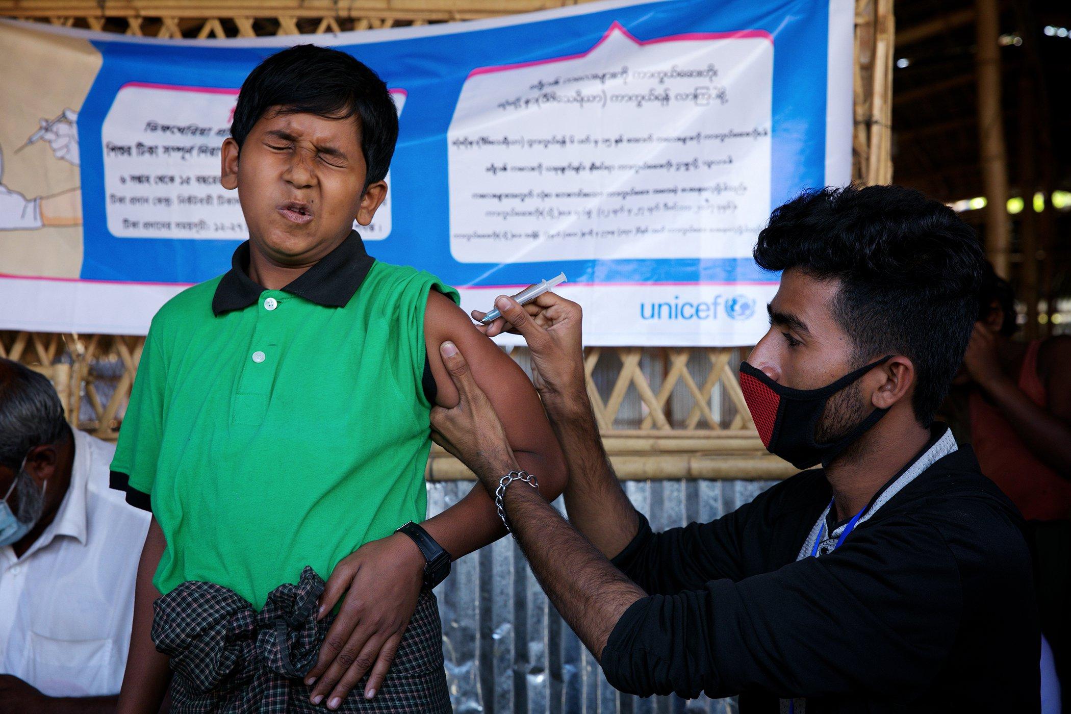 UNICEF_Vaccinations-Around-The-World_002.jpg