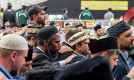 Article: Over 35,000 British Muslims Gather in Hampshire to Condemn Terrorism and Promote Peace