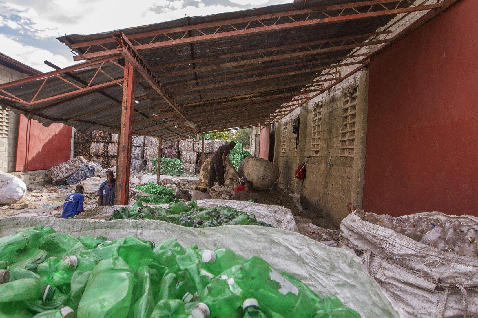 HP_Haiti Recycling_Image2.jpg