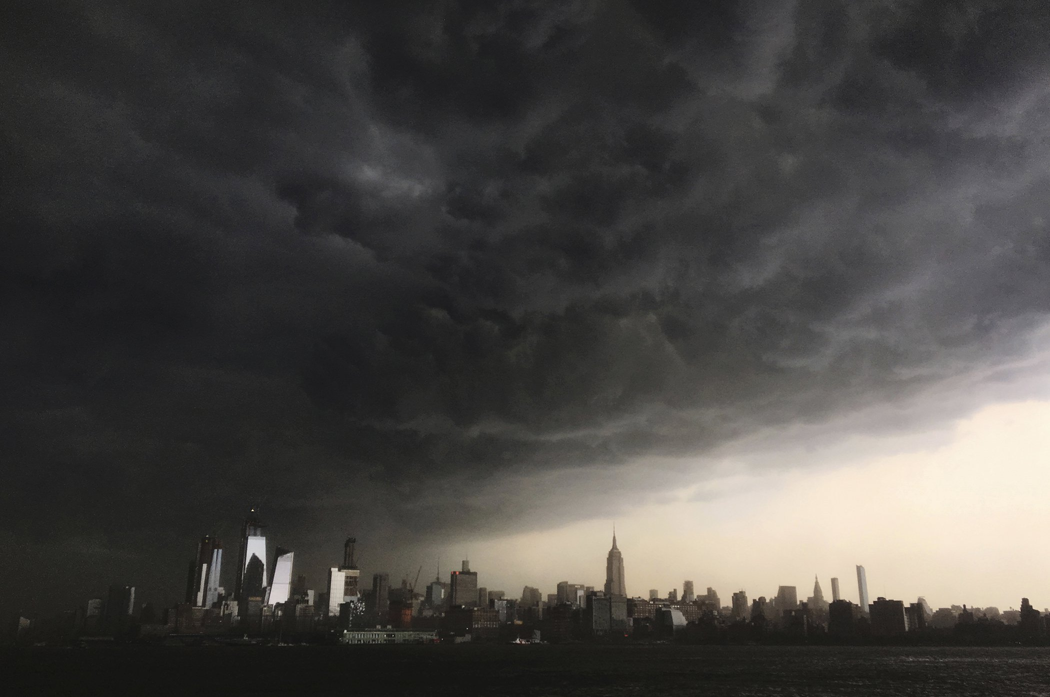 Environmental-Photos-New-York-Storm.jpg