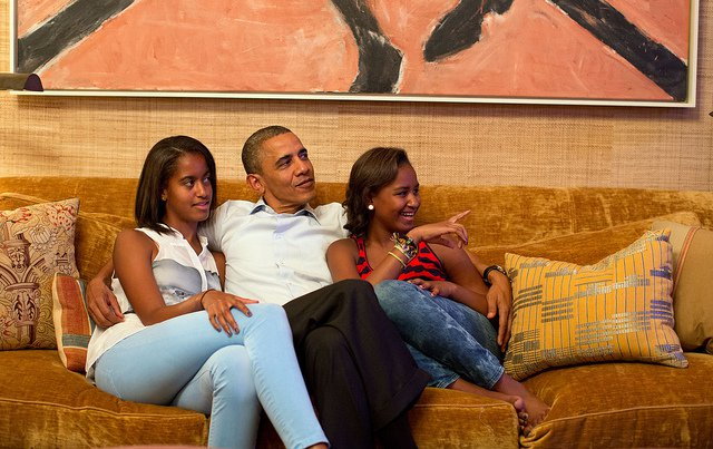 obama-44-photos-gc-family-man.jpg