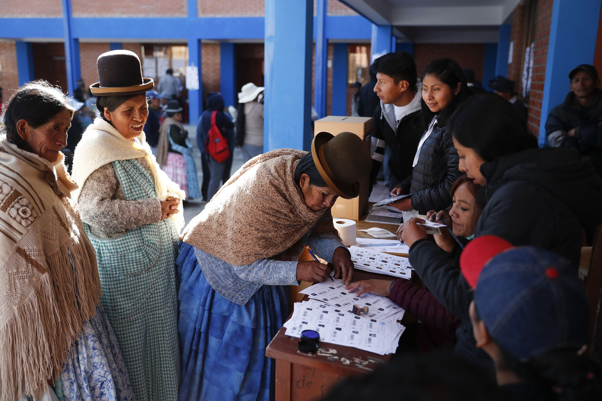 Voting-Around-The-World-Bolivia.jpg