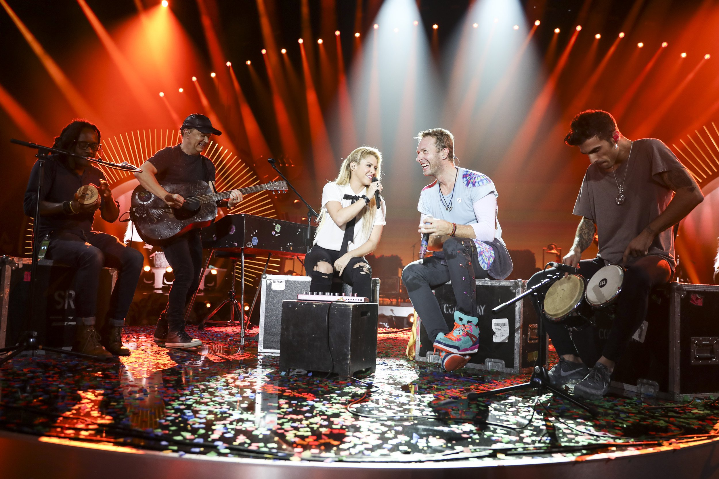 Hamburg_Coldplay_Shakira_GreyHuttonForGlobalCitizen_3.jpg