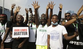 Artículo: #EndSARS: Young People in Nigeria Are Using Social Media to Drive Nationwide Protests Against Police Brutality