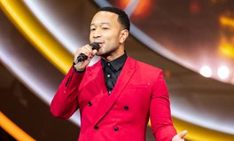 Artículo: Watch! John Legend Joins Artists Rallying Against Coronavirus Through 'Together At Home'