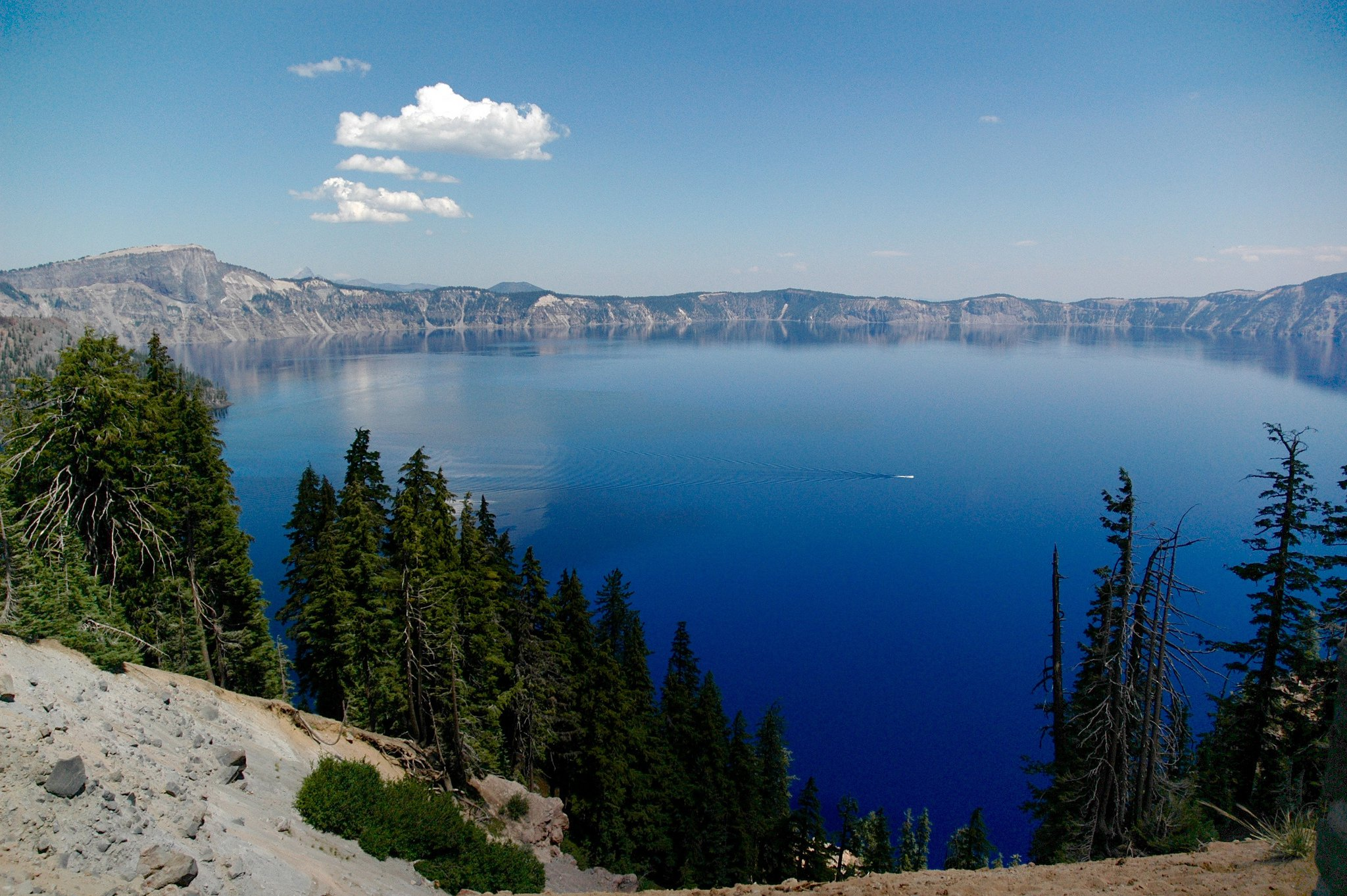 crater_lake_flickr_adavey.jpg