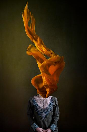 Iran woman hijab_©Marinka Masséus.png