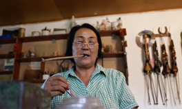Article: The Only Female Horsewhip Maker in Kyrgyzstan Is Also One of the Best