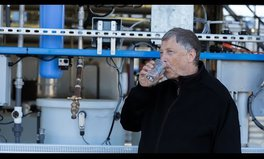 Video: Bill Gates drinks poo water