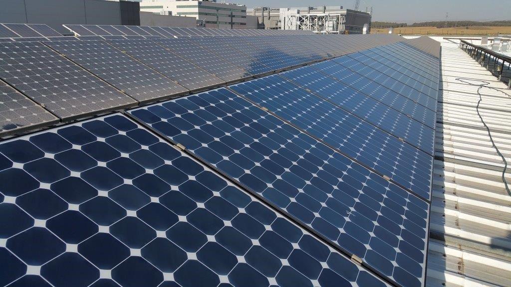 Solar panels Kiryat Gat.jpg
