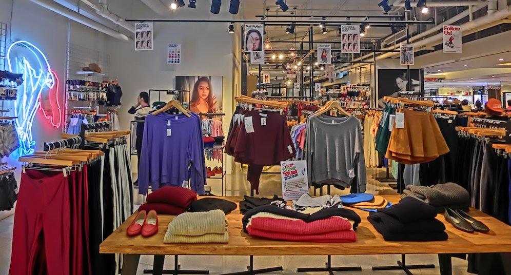 clothing store .JPG
