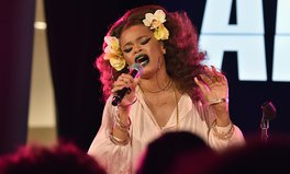 Article: Andra Day Raises Her Voice to End Poverty in an Intimate One-Night-Only Show at New York's Cadillac House