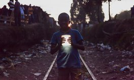 Article: A Tiny Solar Lantern Lets This Kid in Kenya Study the Stars