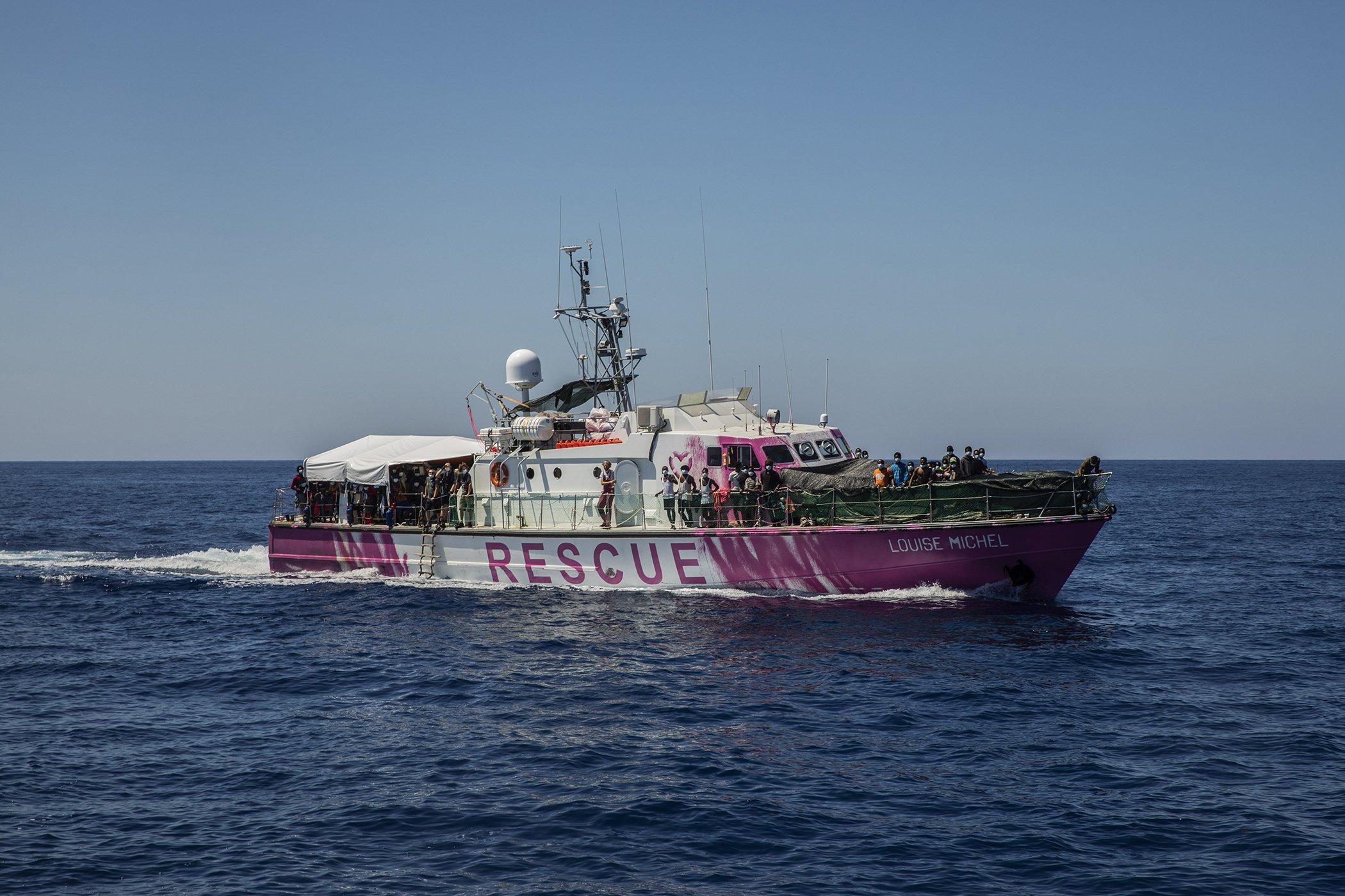 Banksy-Migrant-Rescue-Ship-Mediterranean-002.jpg