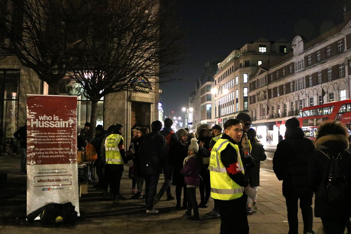WhoIsHussein4.jpg  British Muslims  serving to London homeless whoishussein4