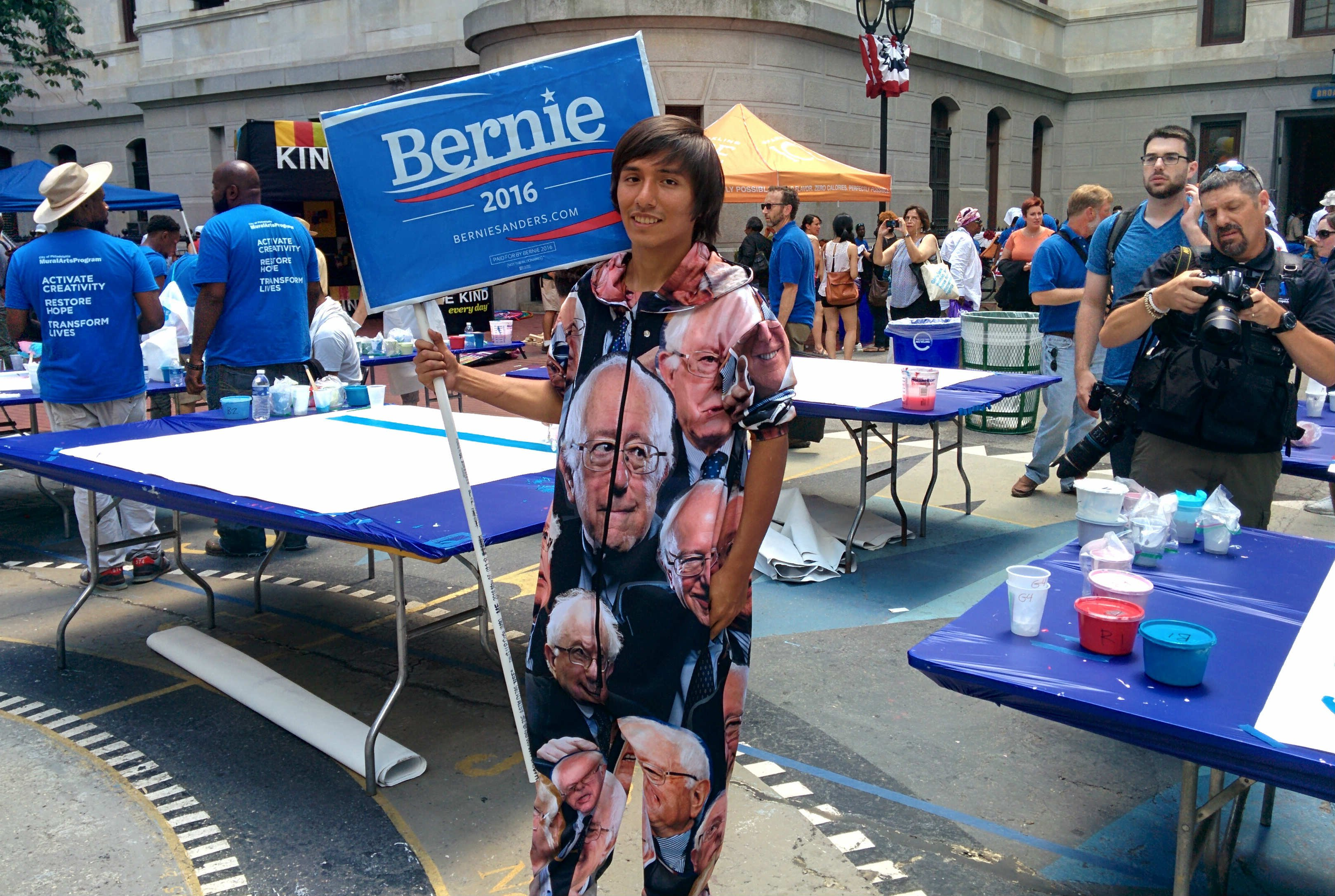 DNC-Protestors-Show-up-views-BODY-Oscar Salazar.jpg