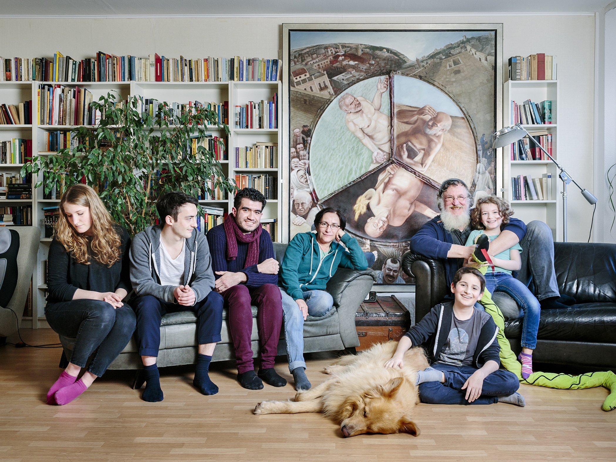 familien-nehmen-fluechtlinge-auf-aubrey_wade_panos-pictures_no-stranger-place-2.jpg