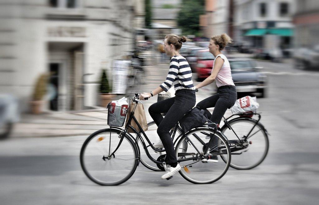 Copenhagen-Bikes-3-Amsterdamized-Flickr.jpg