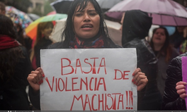 Artículo: Women in Argentina Protest Rape and Death of Girl, 16, With #MiercolesNegro Walkout