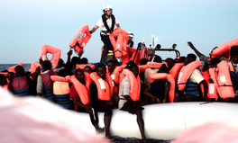 Article: Over 600 People Stranded on Migrant Rescue Ship Because No One Would Let Them Dock